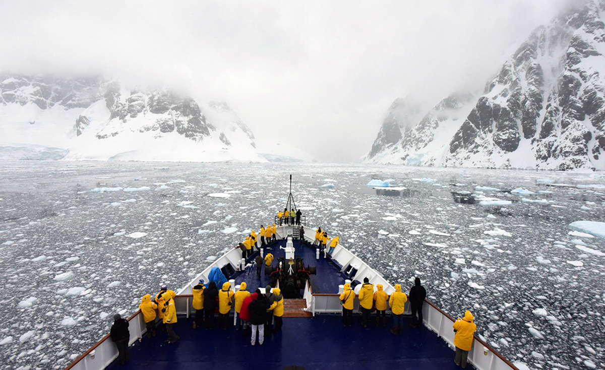 Ocean-Adventurer-Quark-Expeditions