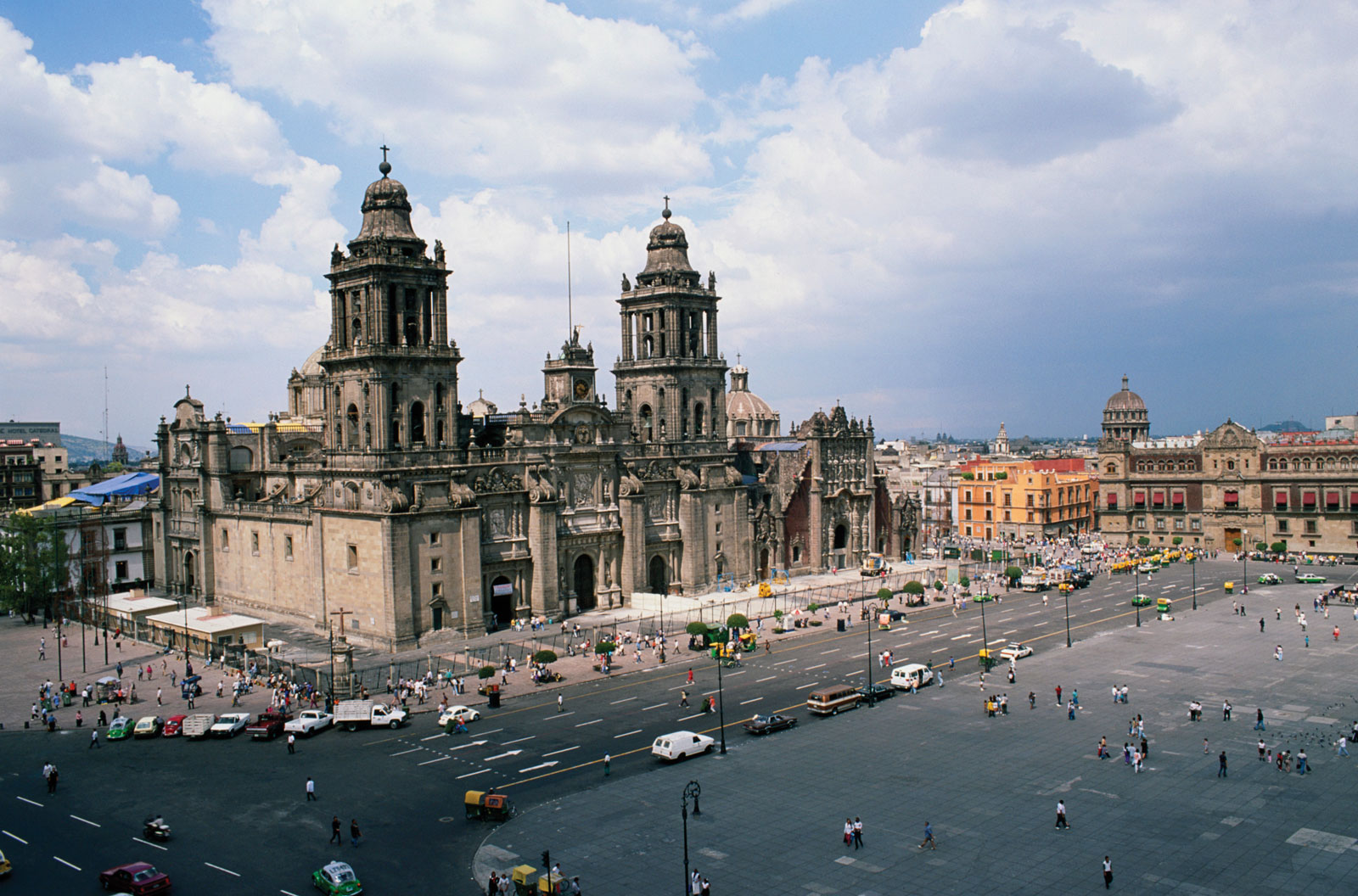 Metropolitan-Cathedral-of-Mexico-City